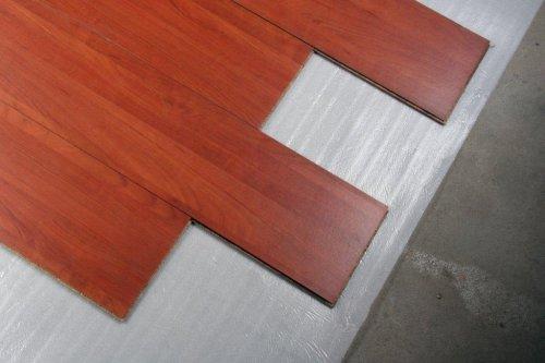 Isomantas - manta para piso de madeira